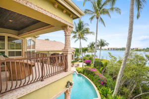403  Old Jupiter Beach Road Road , Jupiter FL 33477 is listed for sale as MLS Listing RX-10525632 photo #15