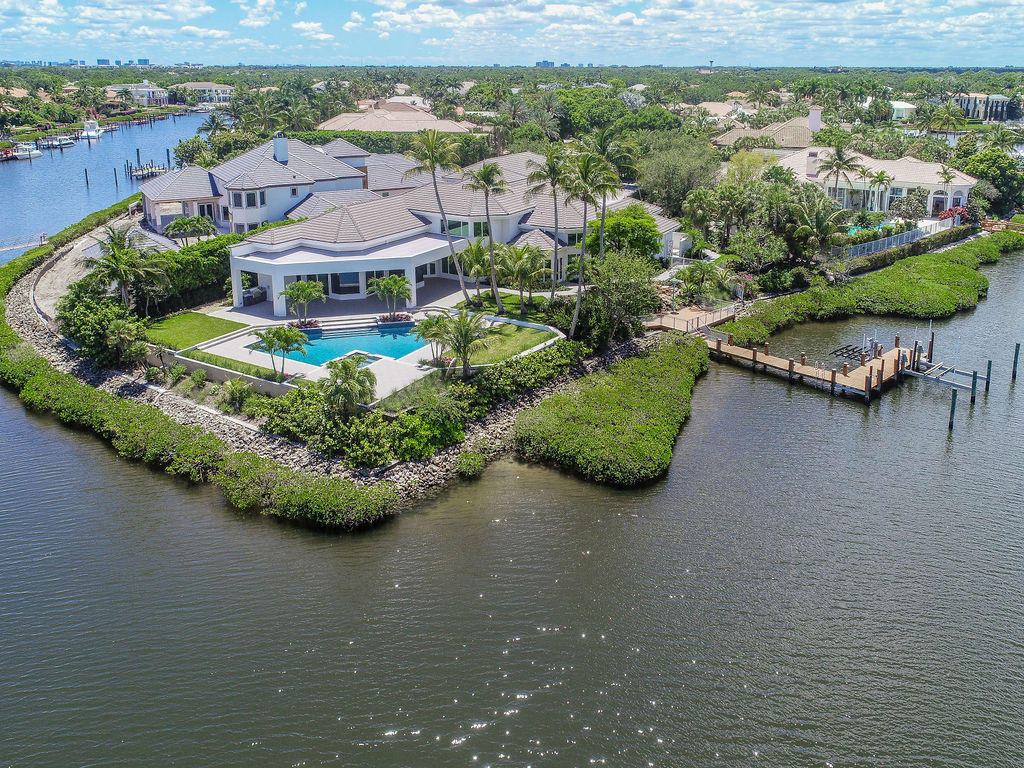 ADMIRALS COVE REAL ESTATE