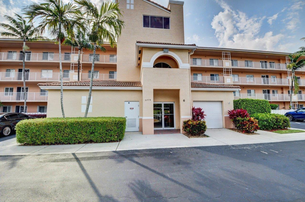 5778 Crystal Shores Drive 305 Boynton Beach, FL 33437