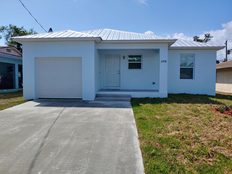 Photo of 2898 SE Delmar Street, Stuart, FL 34997