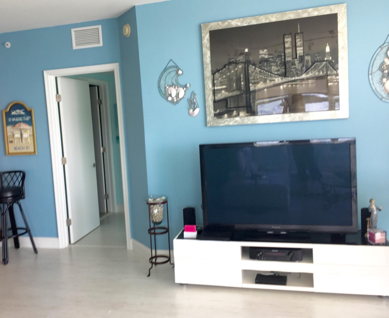 2640 Lake Shore Drive 2016, Riviera Beach, Florida 33404, 3 Bedrooms Bedrooms, ,3 BathroomsBathrooms,F,Condominium,Lake Shore,RX-10525794