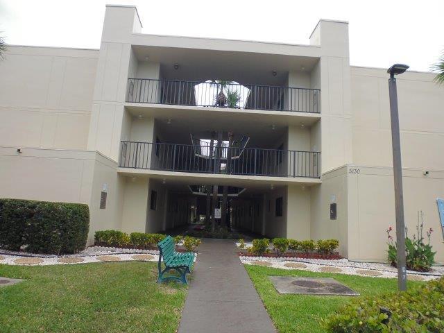 5130 Las Verdes Circle 111  Delray Beach, FL 33484