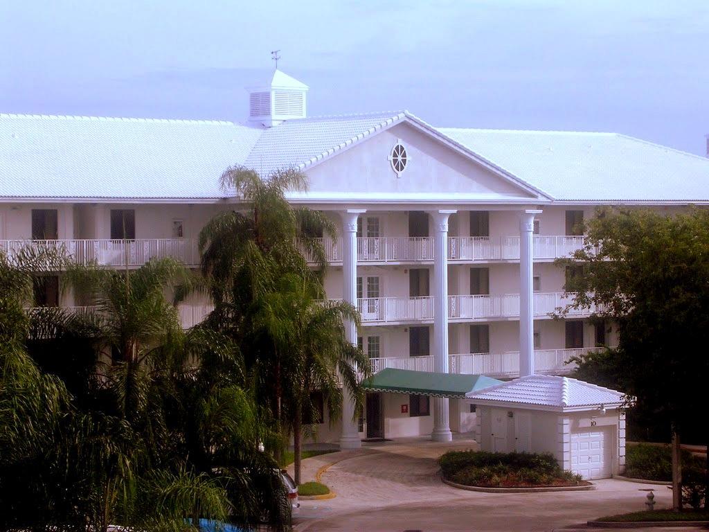 3511 Village Boulevard #04-202 West Palm Beach, FL 33409