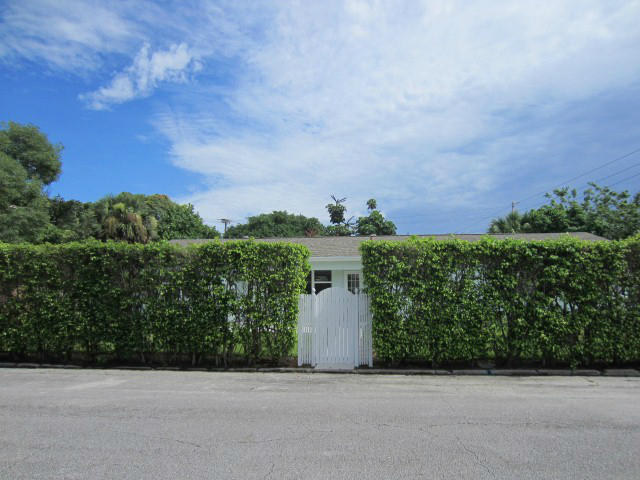 5609 S Olive Avenue West Palm Beach, FL 33405 photo 2