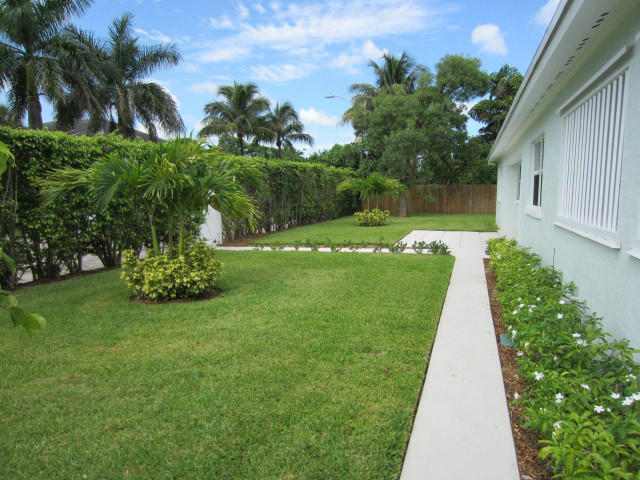 5609 S Olive Avenue West Palm Beach, FL 33405 photo 5