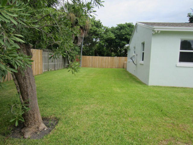 5609 S Olive Avenue West Palm Beach, FL 33405 photo 23