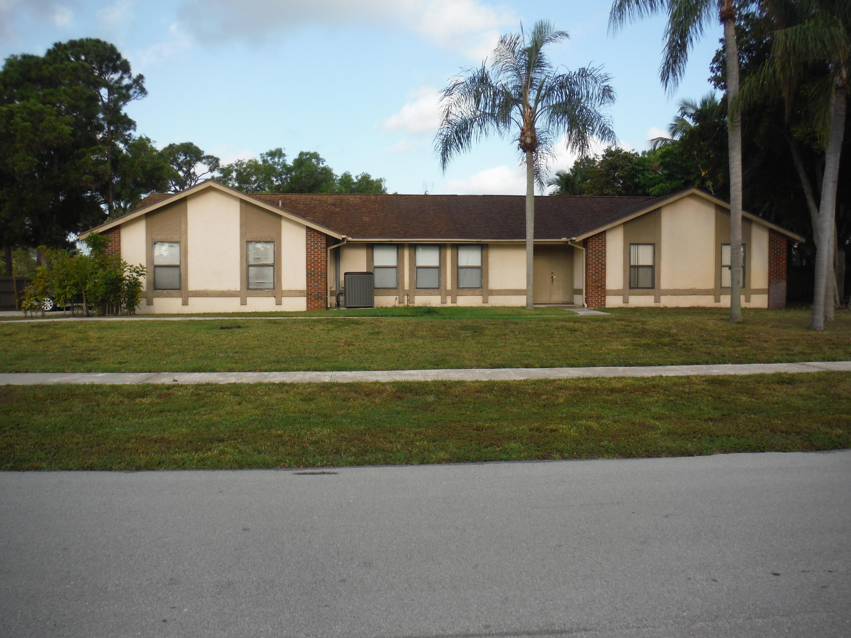5397 Winchester Woods Drive Lake Worth, FL 33463