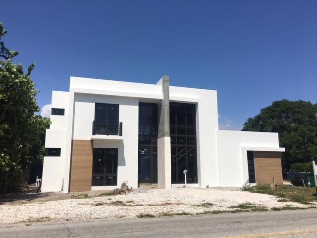 810 N Swinton Avenue Delray Beach, FL 33444 photo 2