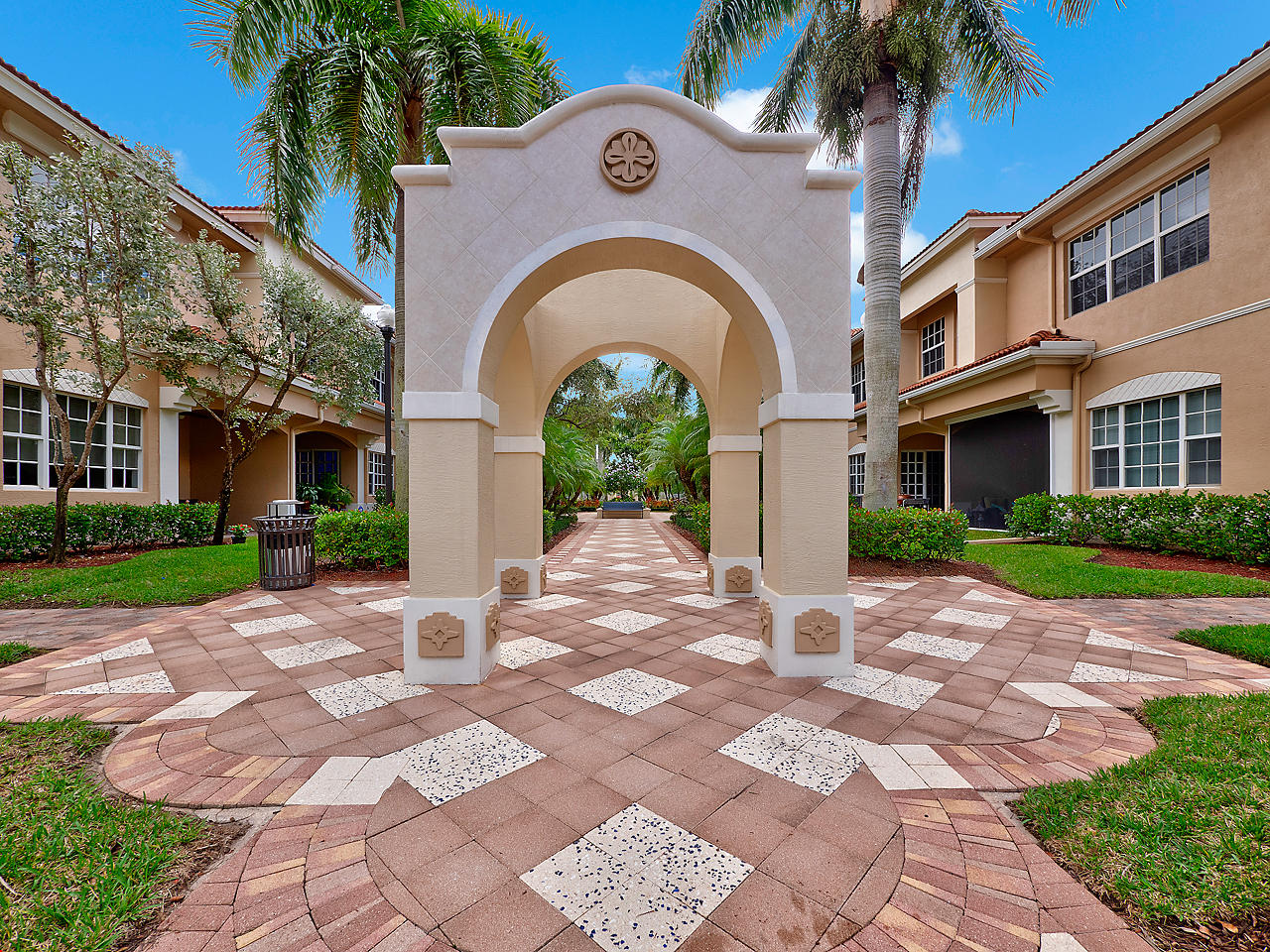 CIELO PALM BEACH GARDENS REAL ESTATE