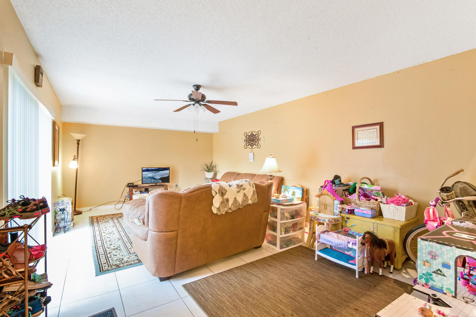 7701 77th Way West Palm Beach, FL 33407 photo 4