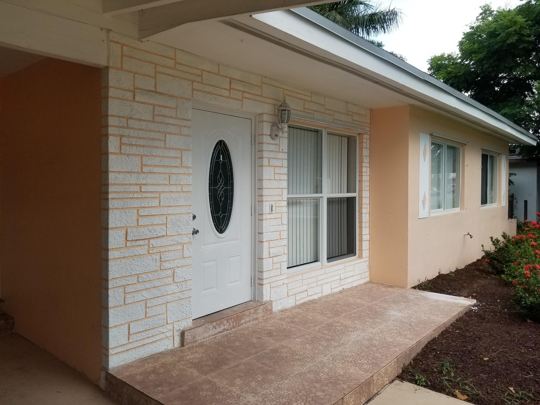 1436 Lakeview Drive Lake Worth, FL 33461