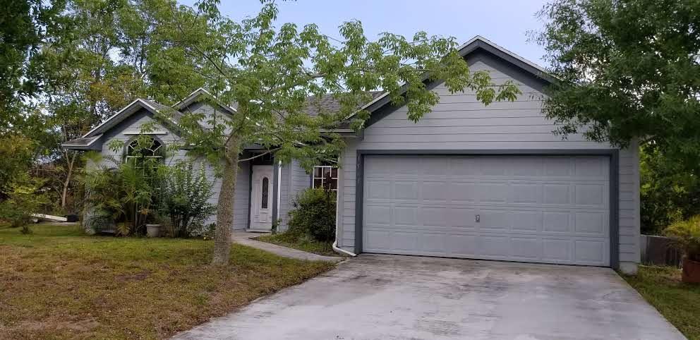 1562 SW Gager Road, Port Saint Lucie, Florida