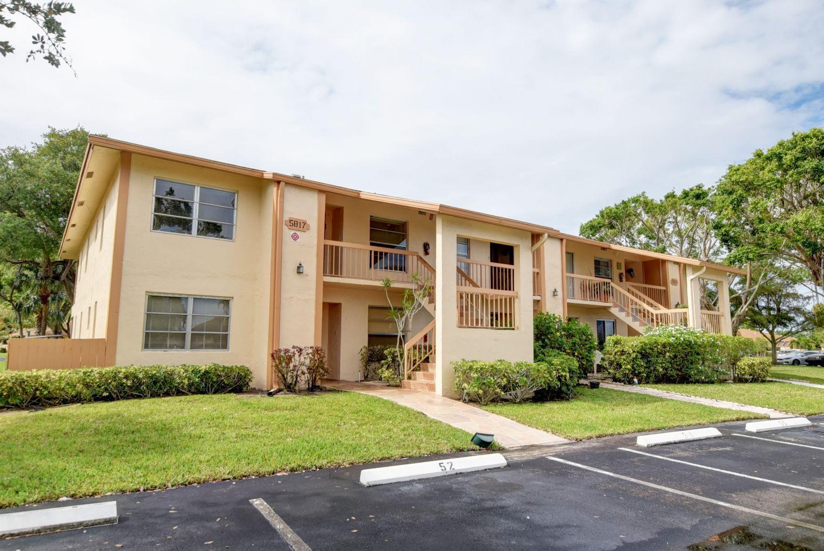5817 Sugar Palm Court D  Delray Beach, FL 33484