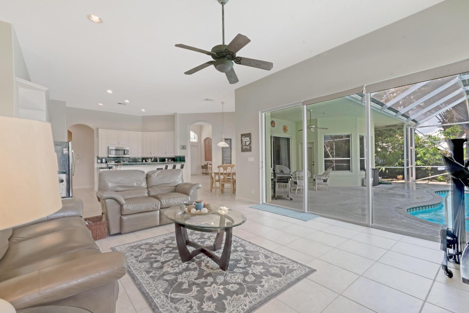 9049 Charlee Street Lake Worth, FL 33467 photo 5