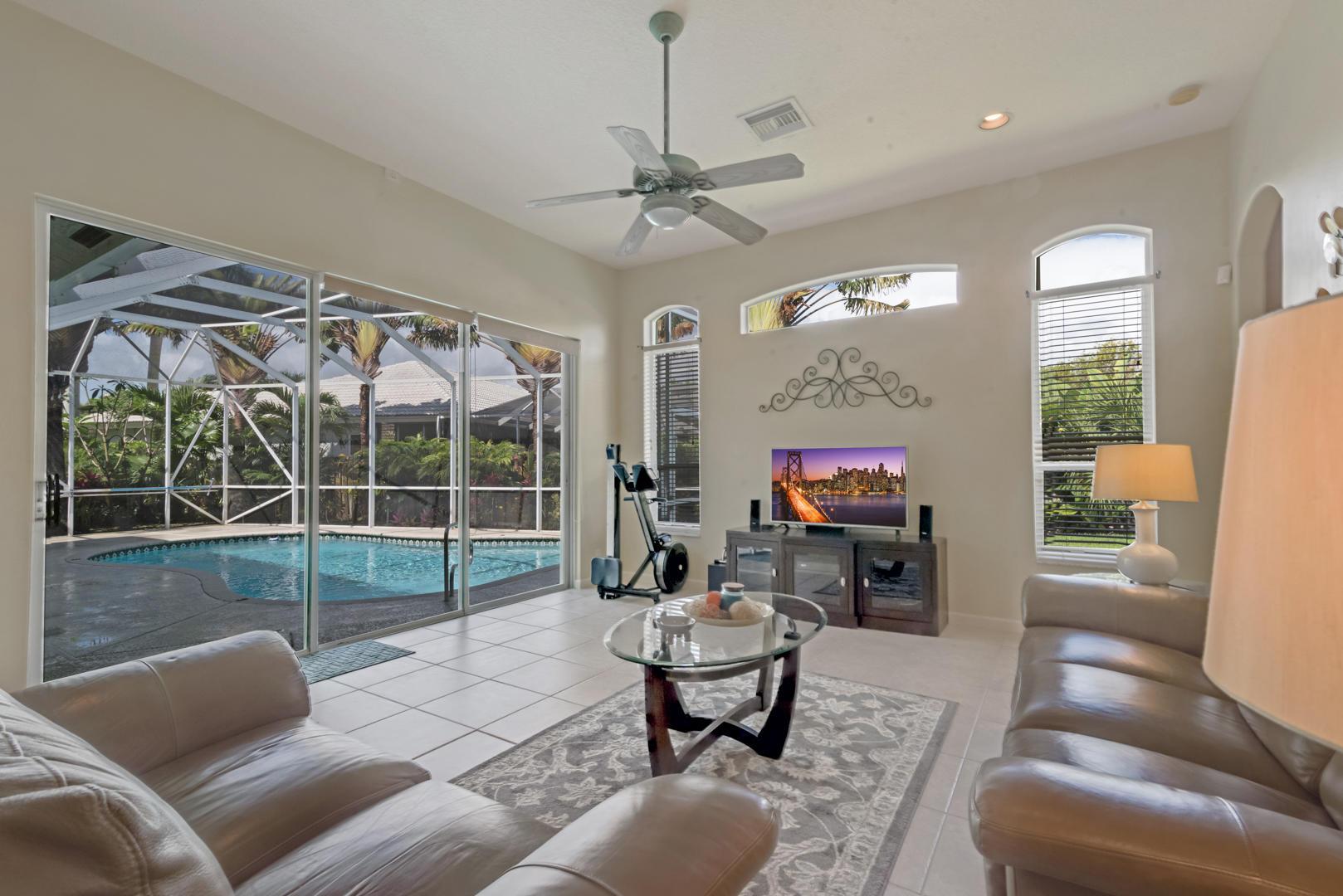 9049 Charlee Street Lake Worth, FL 33467 photo 6