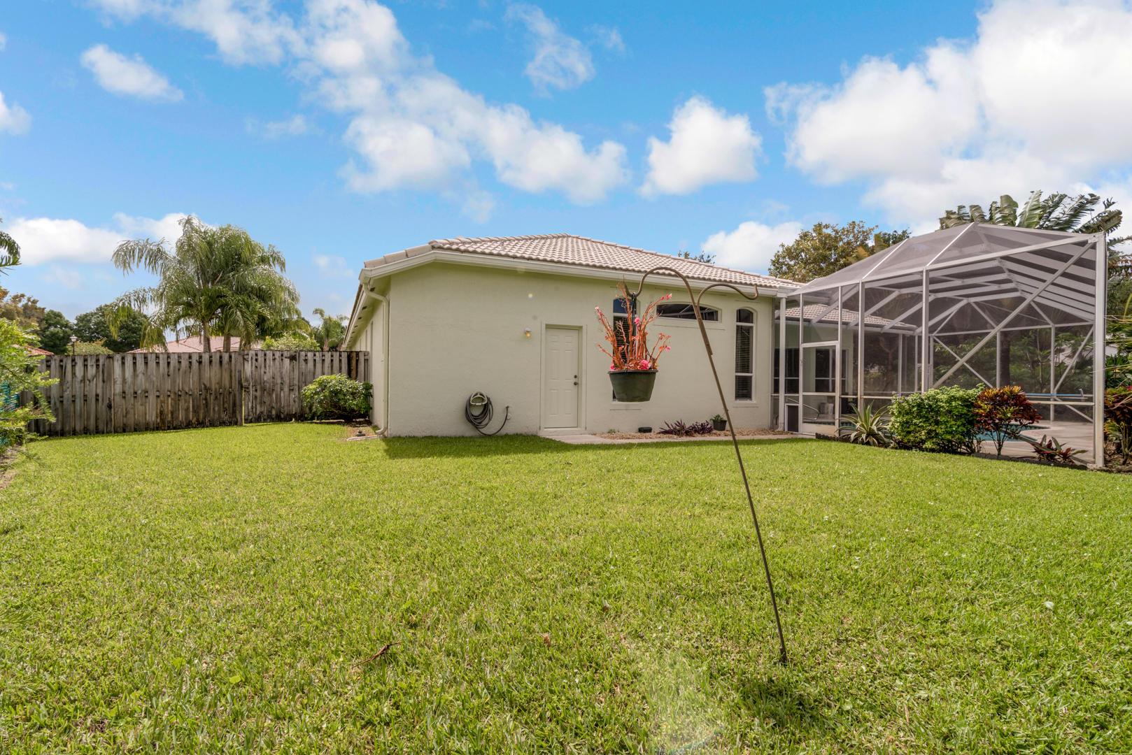 9049 Charlee Street Lake Worth, FL 33467 photo 32