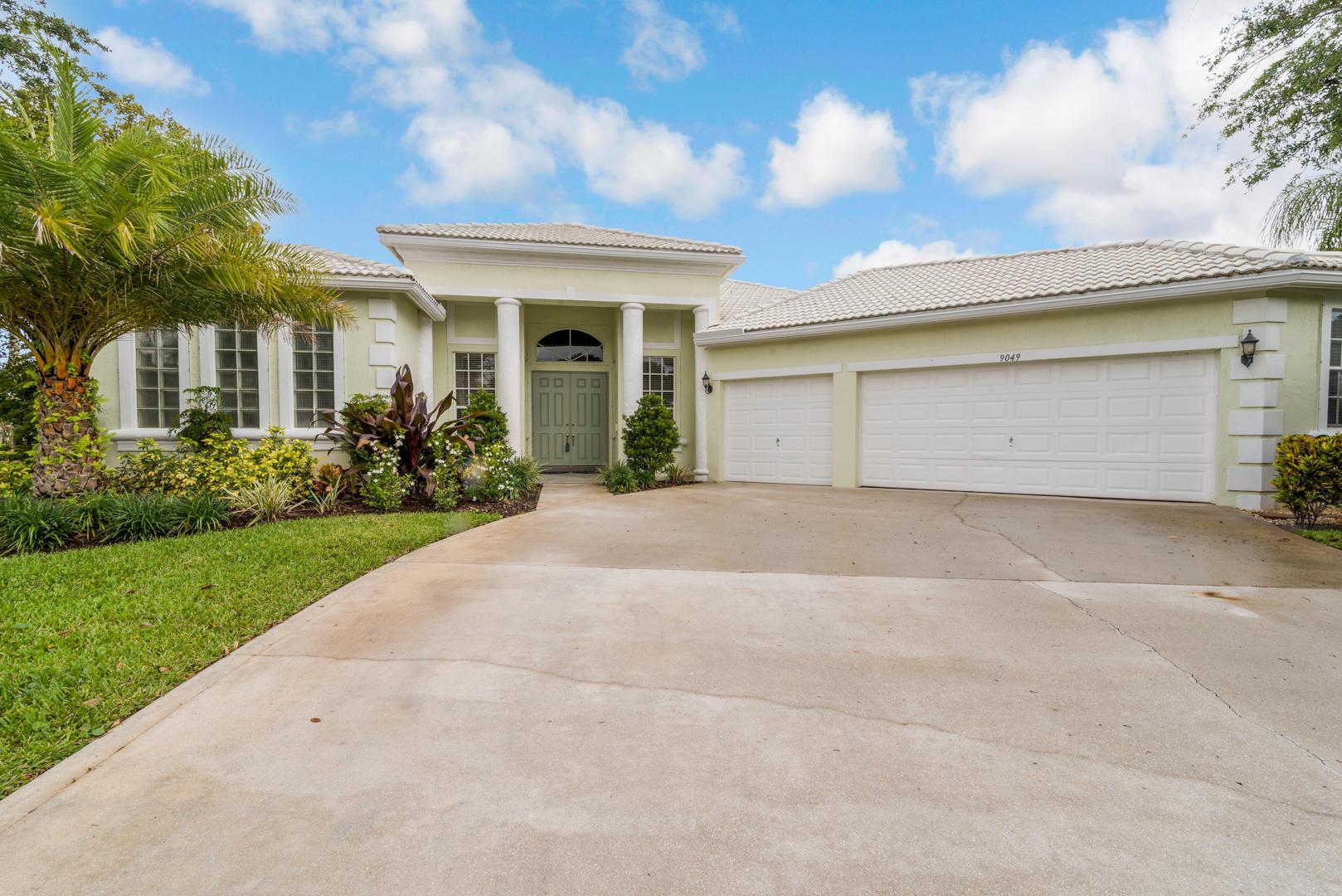 9049 Charlee Street Lake Worth, FL 33467 photo 3