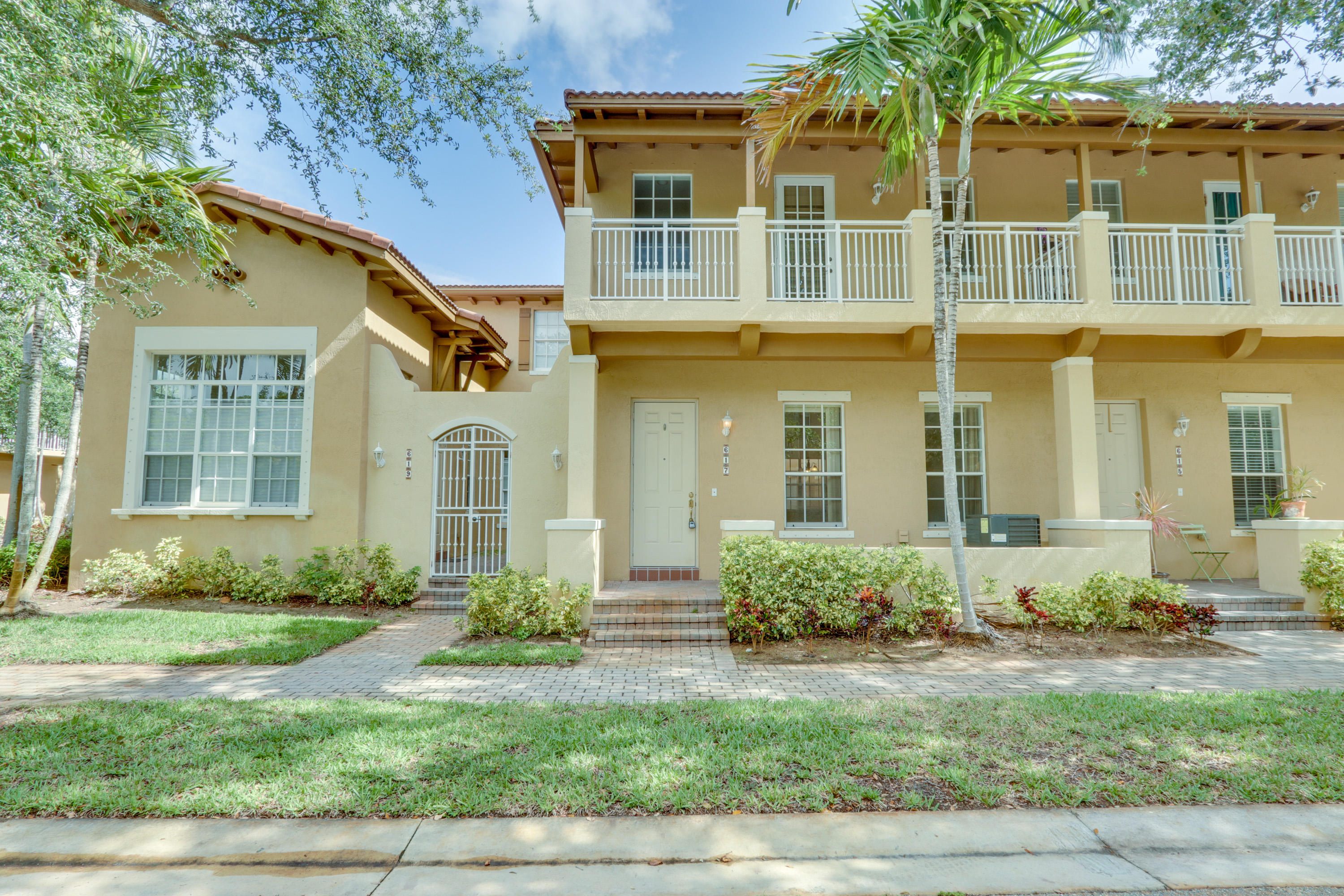 617 NW 24th Avenue Boynton Beach, FL 33426
