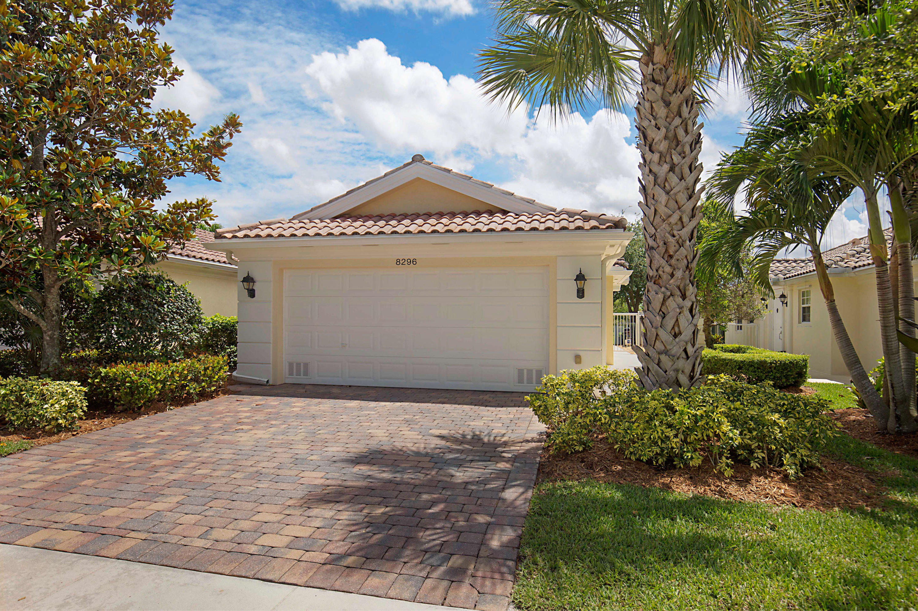 Home for sale in VILLAGEWALK OF WELLINGTON 5 Wellington Florida