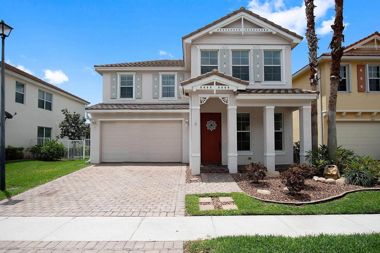 284 Belle Grove Lane Royal Palm Beach, FL 33411