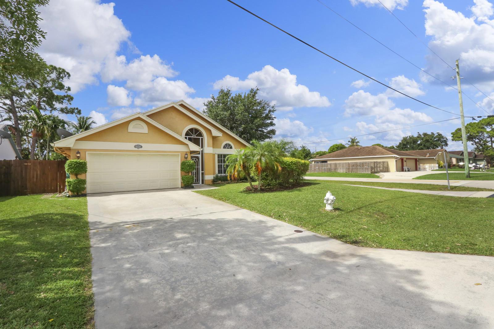 Photo of 6158 Linton Street, Jupiter, FL 33458