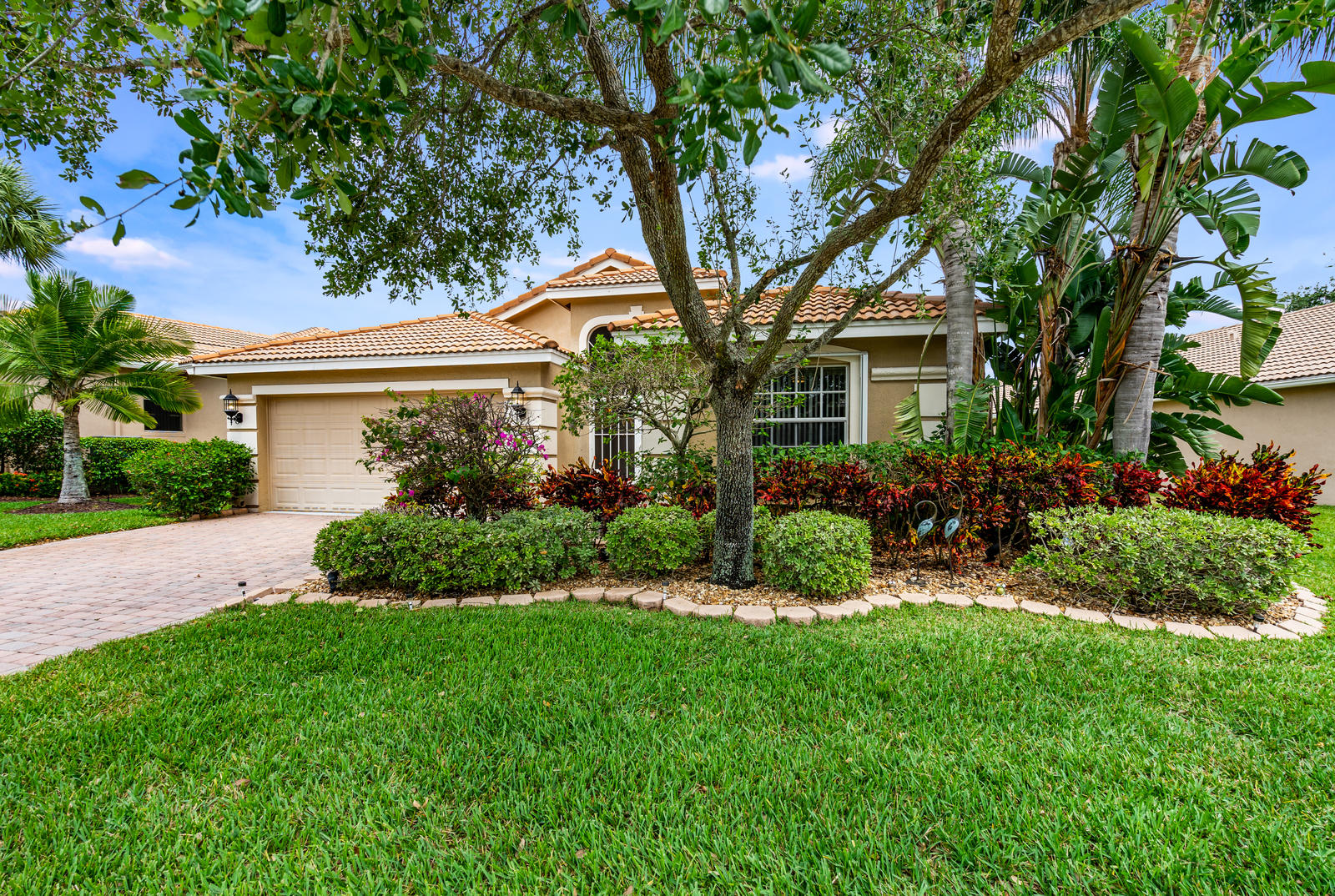 Home for sale in BELLAGGIO,TOWNE PARK TR G Lake Worth Florida
