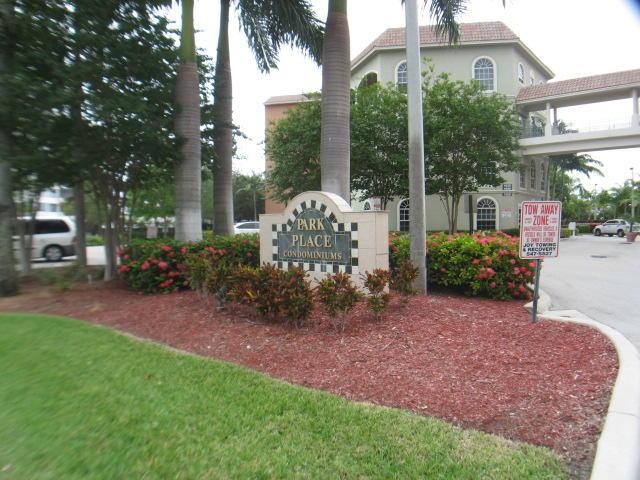 1640 Presidential Way 403 West Palm Beach, FL 33401