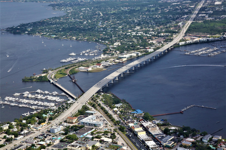 Photo of 41 SW Seminole Street #Palmetto North 4, Stuart, FL 34994