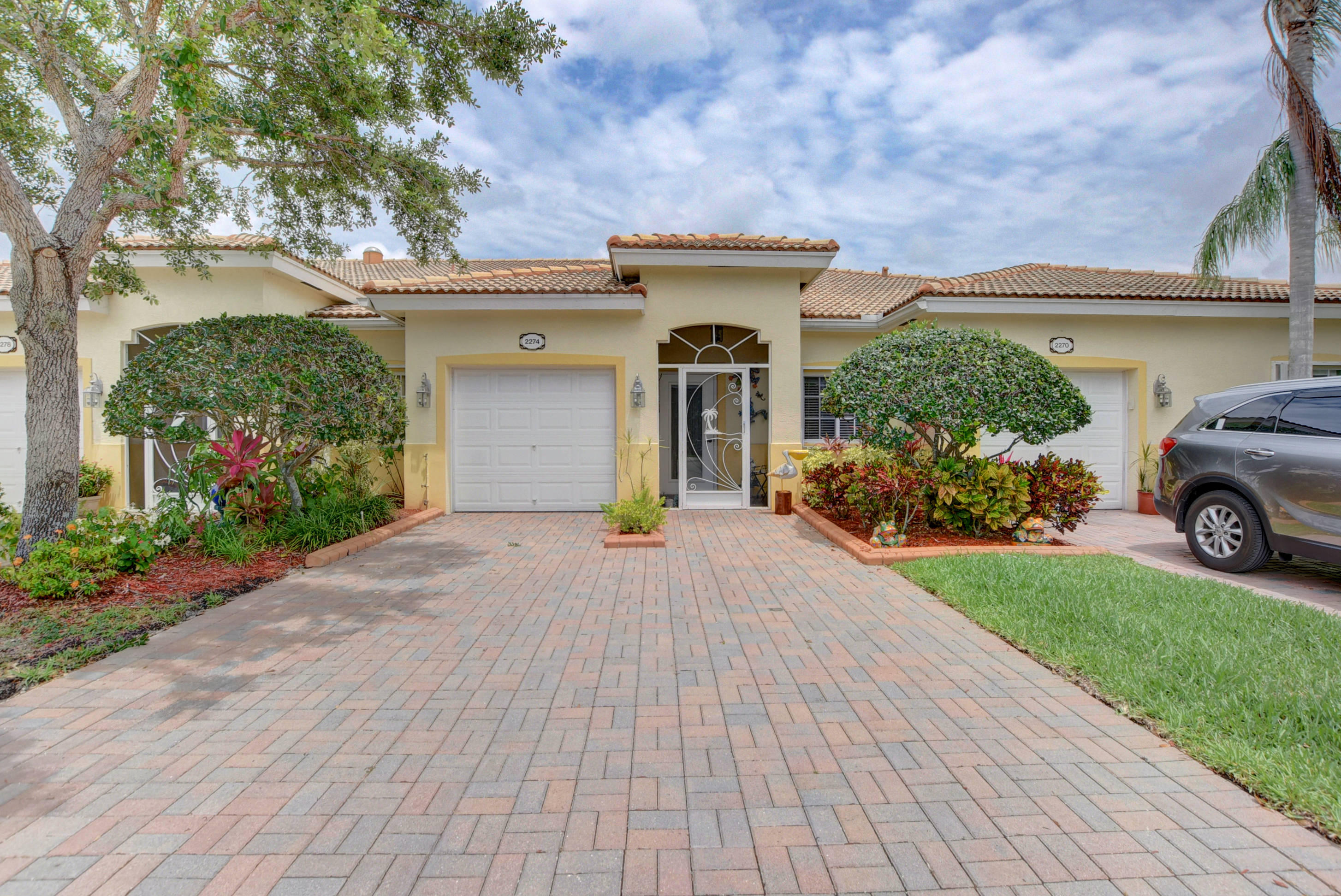 2274 Windjammer Way West Palm Beach, FL 33411