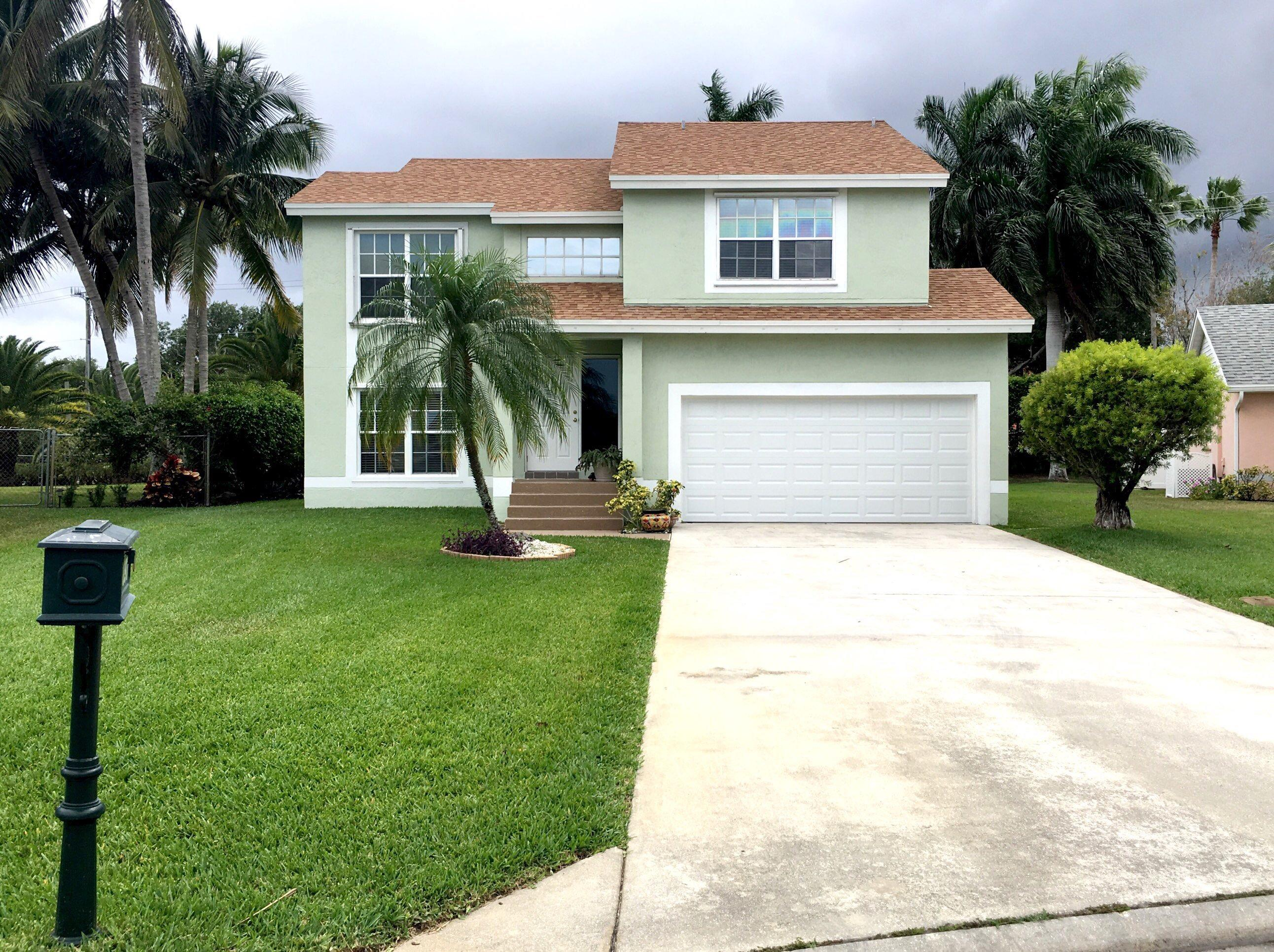 6897 Barnwell Drive Boynton Beach, FL 33437
