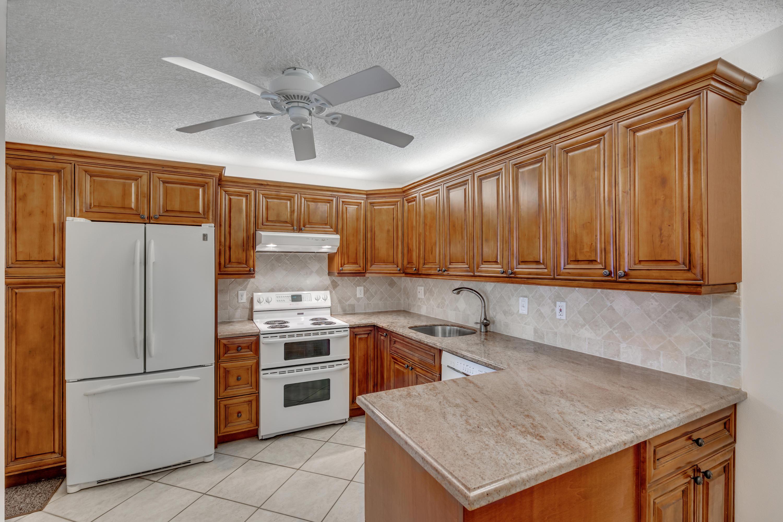 3286 Arcara Way 315 Lake Worth, FL 33467