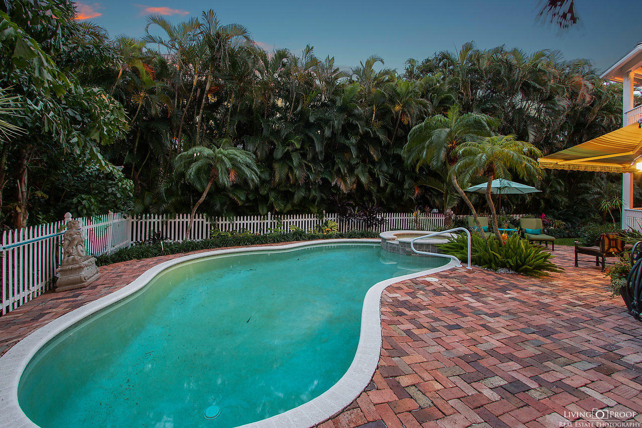 INLET CAY PROPERTY