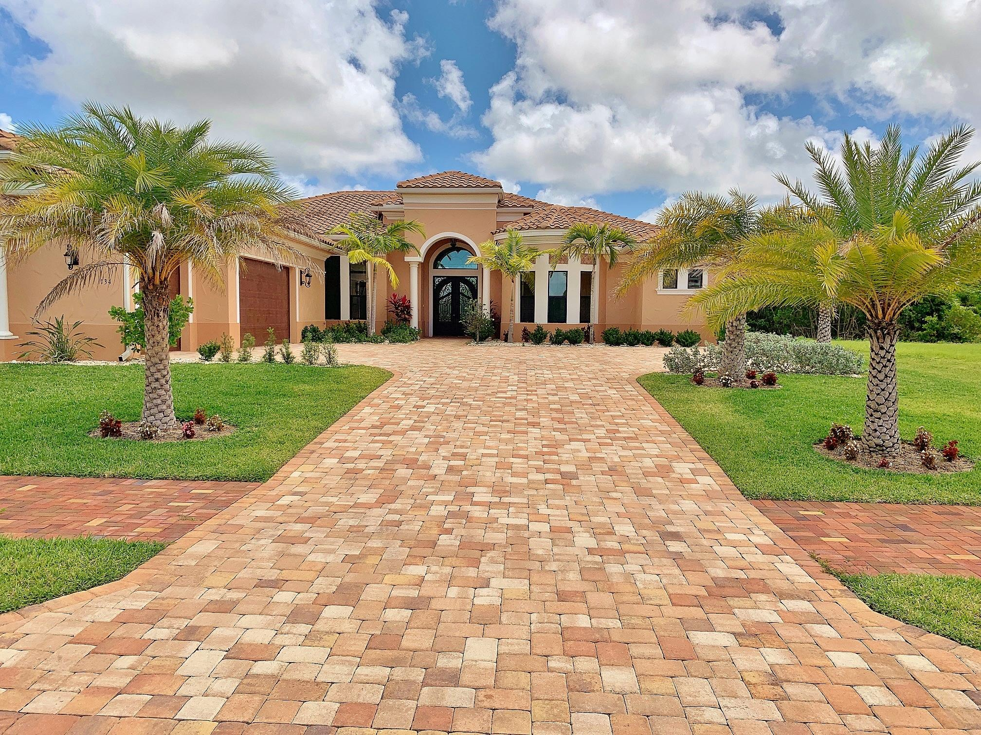 134 SE Fiore Bello, Port Saint Lucie, Florida