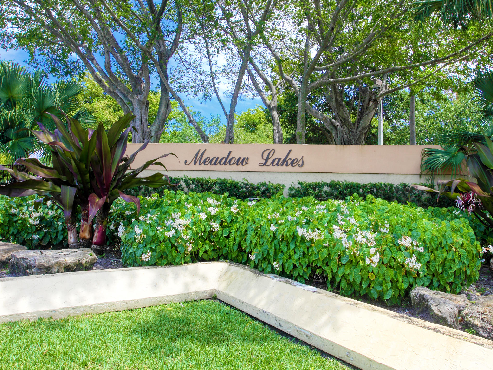 Home for sale in CLEARWATER OF MEADOWLAKES CONDO Deerfield Beach Florida