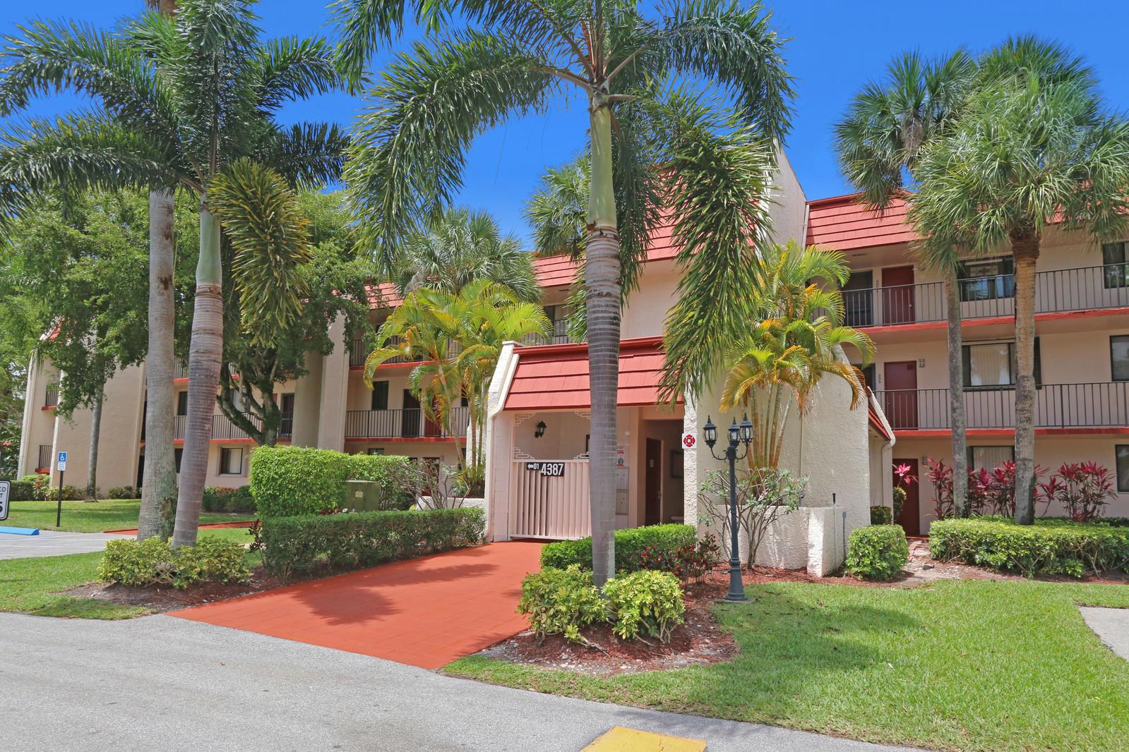 4387 Trevi Court 305 Lake Worth, FL 33467