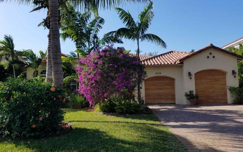 Home for sale in WATERS EDGE PH TWO Tequesta Florida