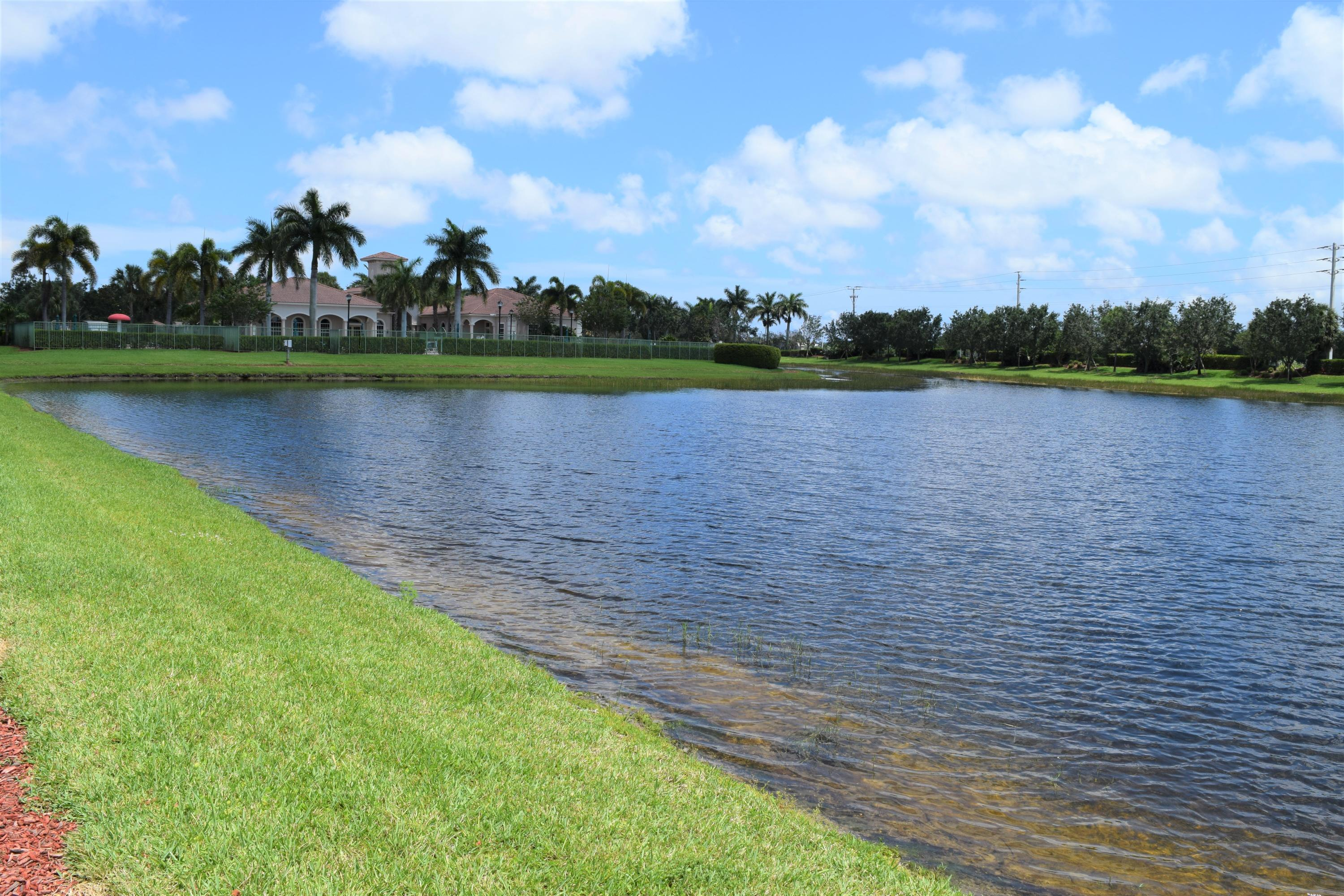 GREEN CAY VILLAGE REAL ESTATE