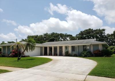 1554 SE Sunshine Avenue, Port Saint Lucie, Florida