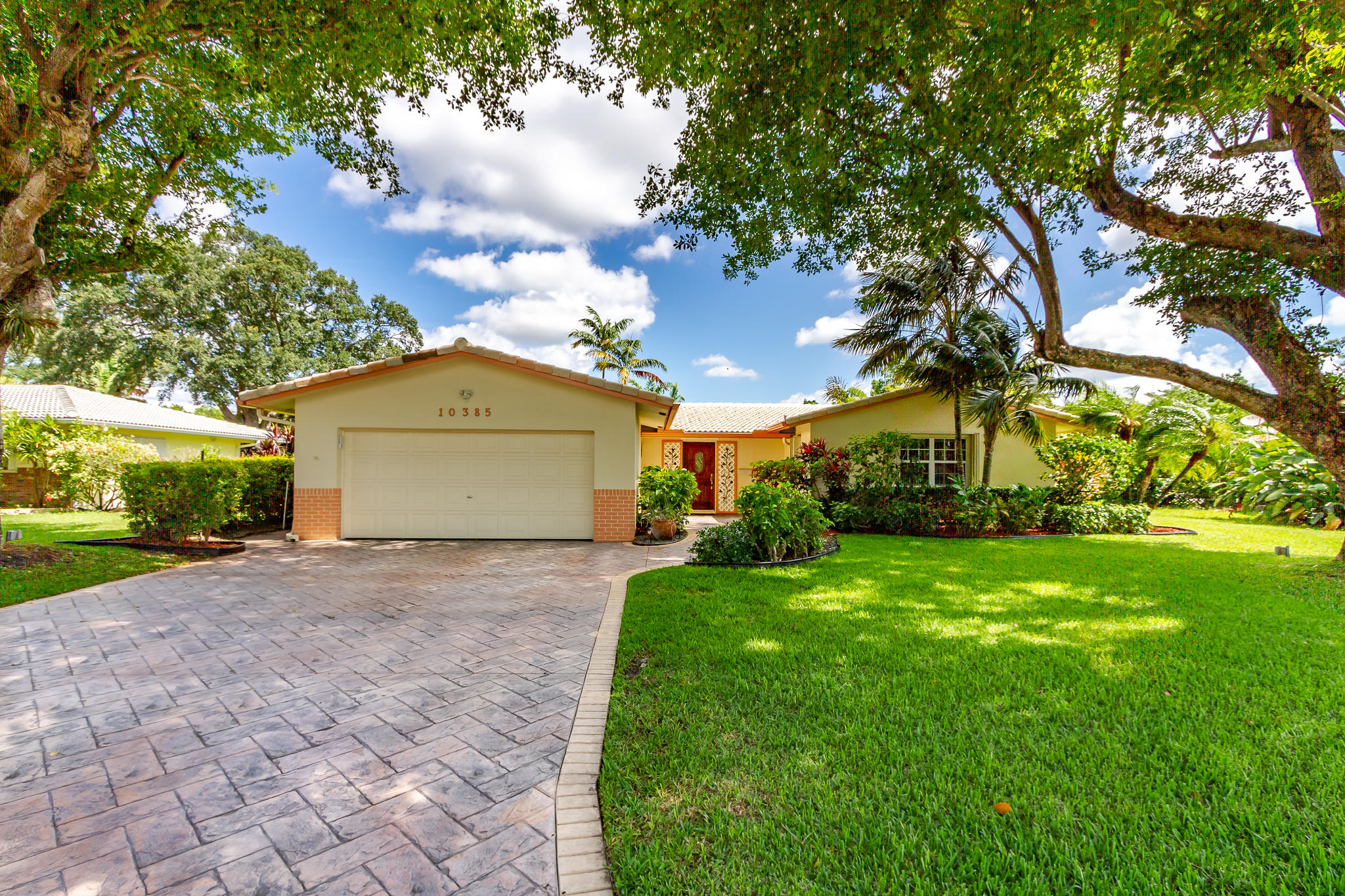 10385 NW 42nd Drive  Coral Springs FL 33065
