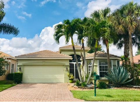 8163 Alberti Dr Lake Worth, FL 33467