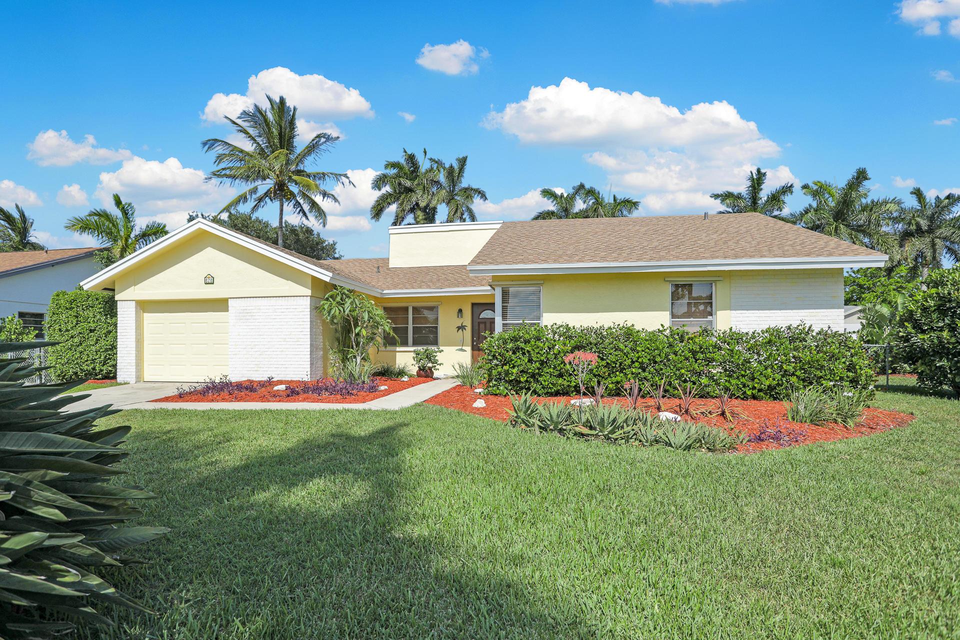 828 NW 9th Way Boynton Beach, FL 33426