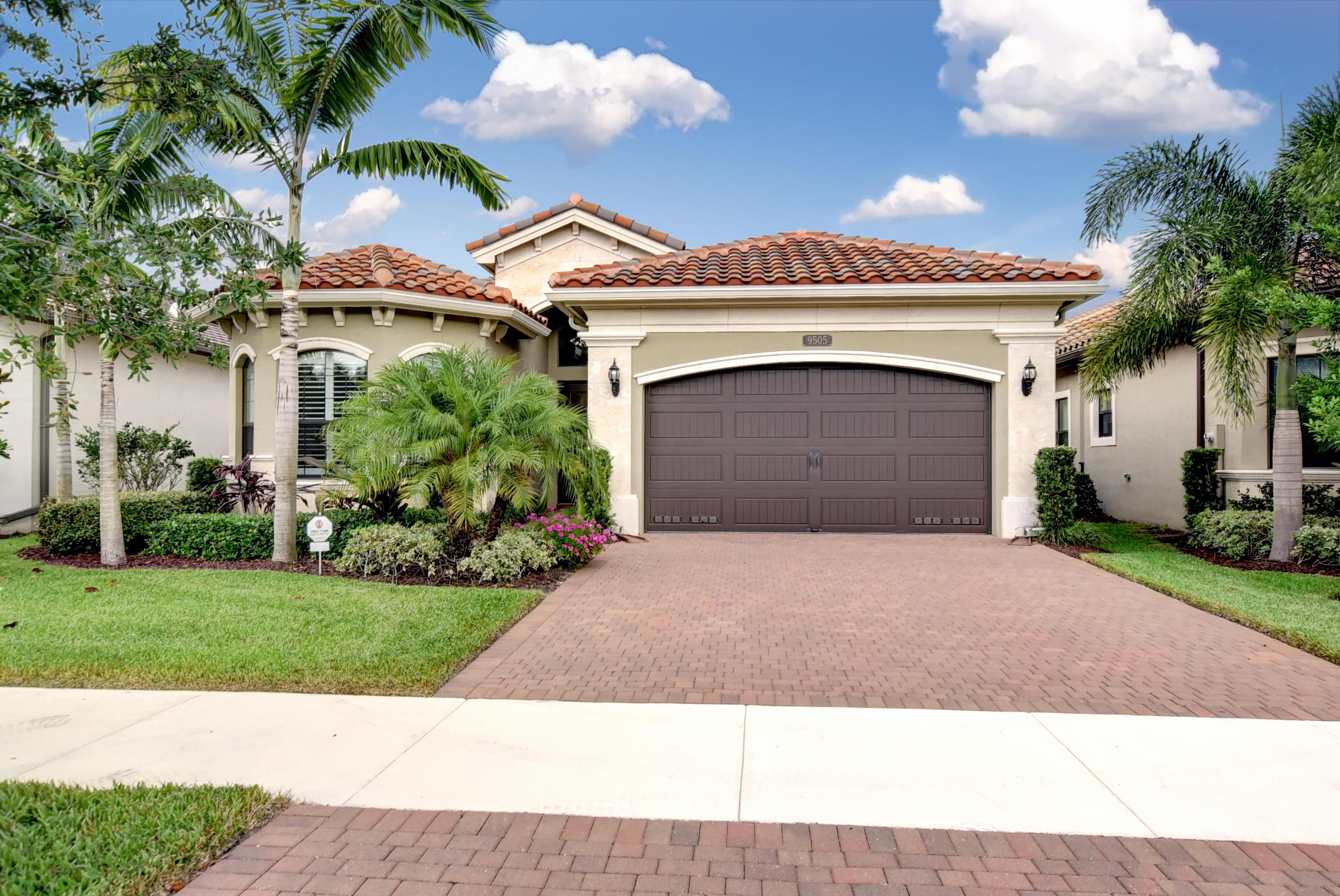 9505 Eden Roc Court  Delray Beach, FL 33446