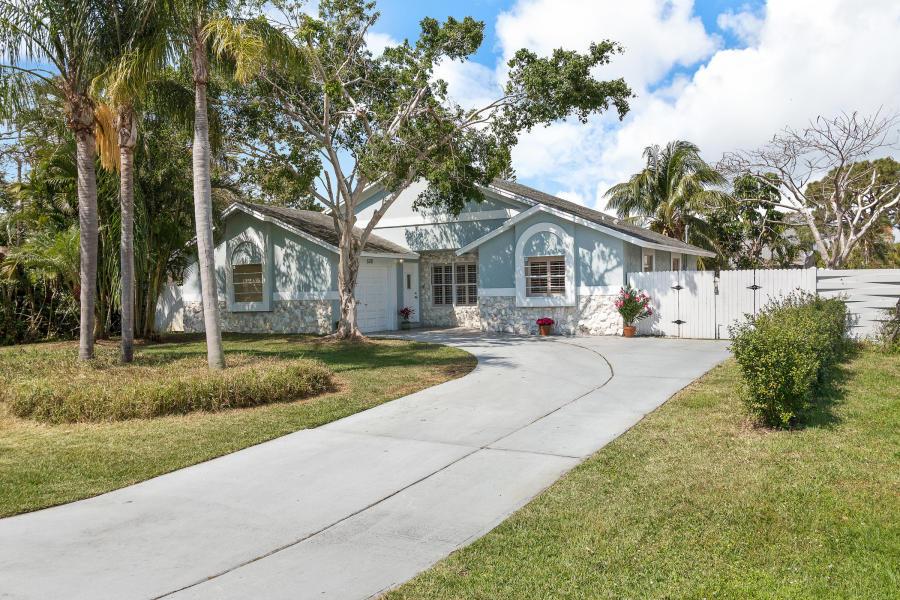 Home for sale in Delray Garden Estates Delray Beach Florida