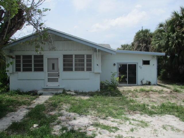881 E Dolphin Ridge Road West Palm Beach, FL 33406 photo 2
