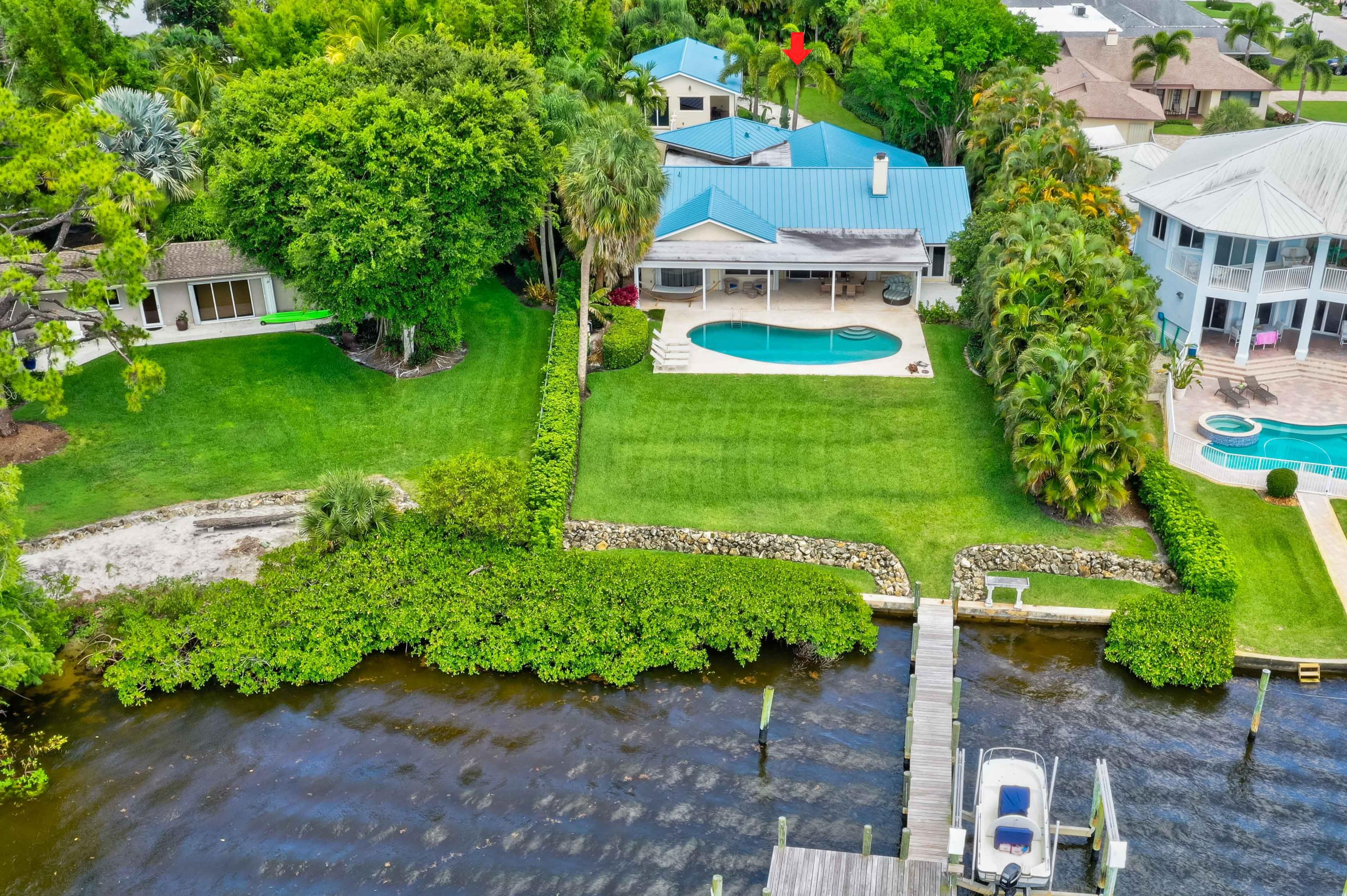 9666 SE Landing Place - Tequesta, Florida