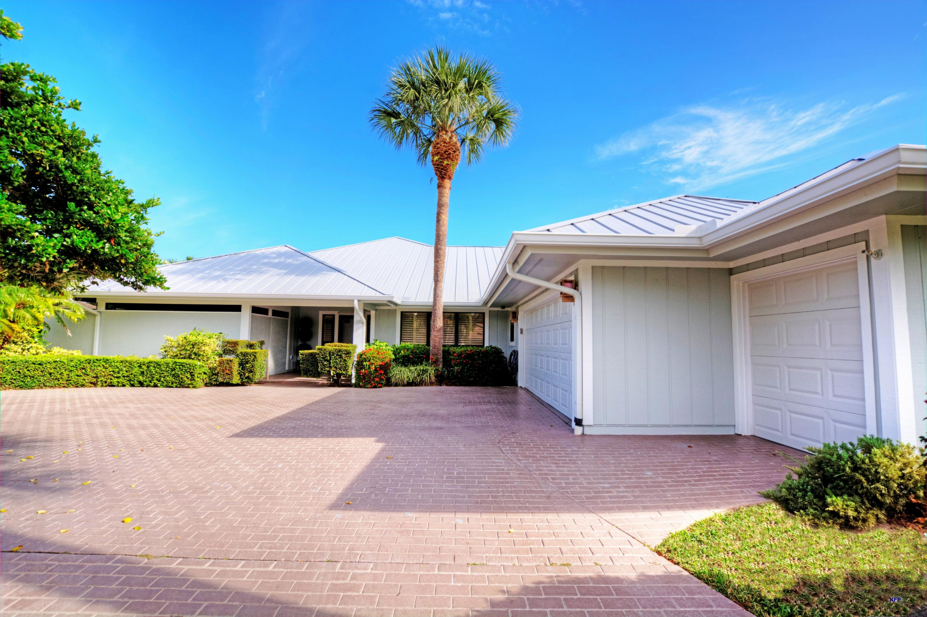 6191 Winged Foot Drive, Stuart, Florida 34997, 3 Bedrooms Bedrooms, ,2 BathroomsBathrooms,A,Single family,Winged Foot,RX-10530565
