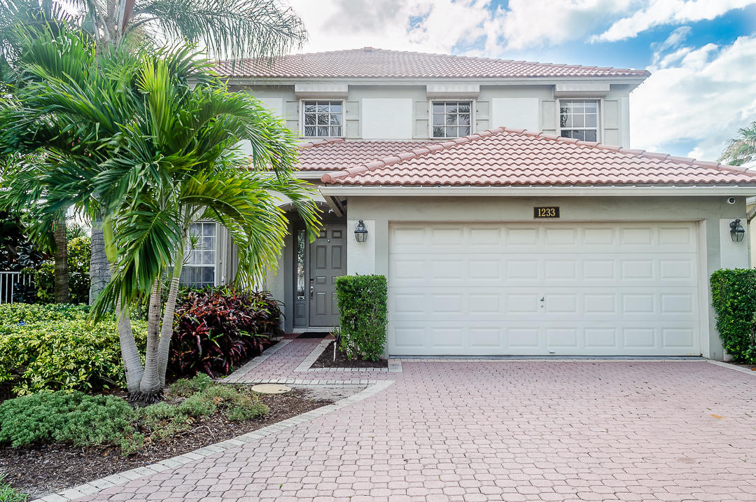 1233 Avondale Lane West Palm Beach, FL 33409