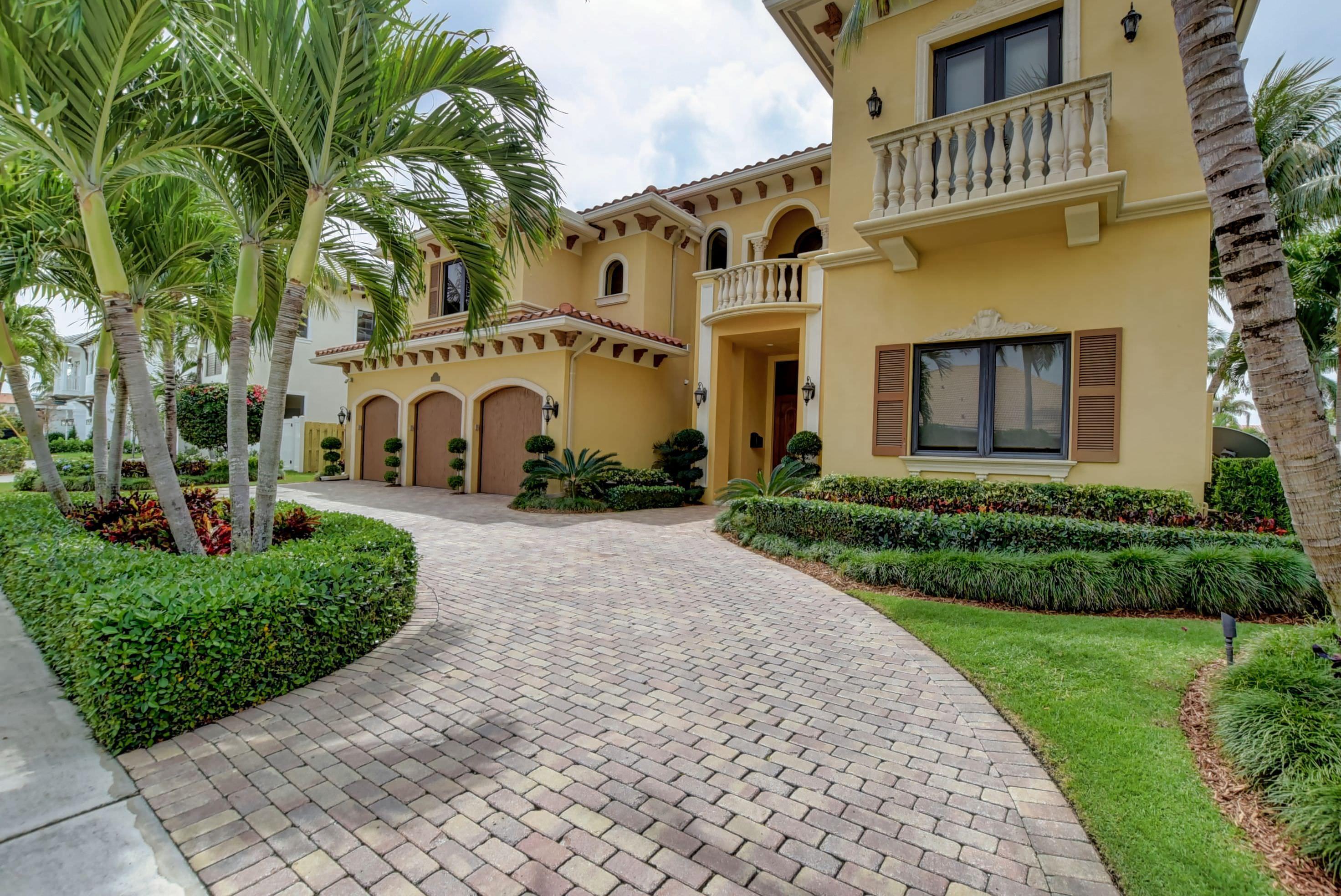 784 NE 72nd Street Boca Raton, FL 33487 photo 3
