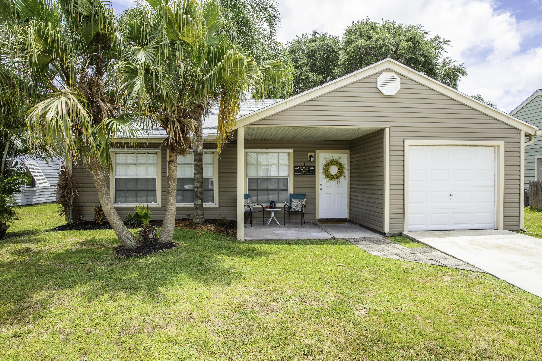 7799 Blairwood Circle Lake Worth, FL 33467