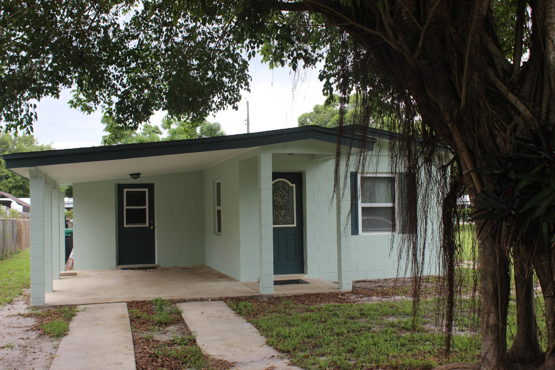 354 Smallwood Avenue  Fort Pierce FL 34982